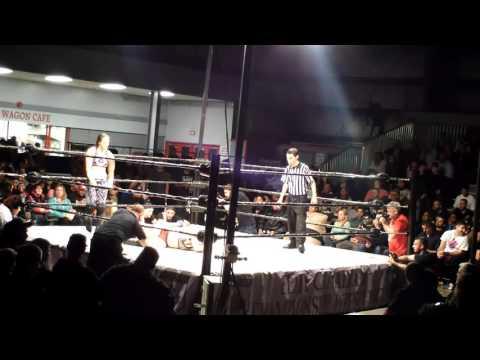Shayna Baszler vs Nicole Matthews [10/30/2015 - Cloverdale]