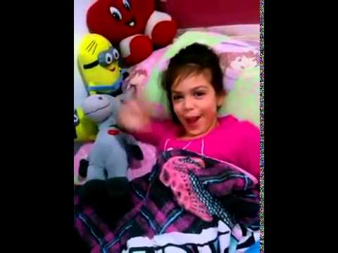 Mc Belinho acordando a Mc Melody