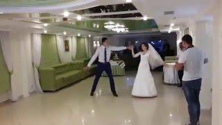 Професійна постановка весільного танцю - Володя і Оля