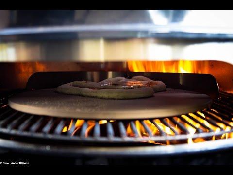Folge149 - Anleitung: Pizza backen auf dem Grill + Rezept für Teig & Soße [Deutsche Anleitung]