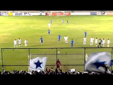"""""""La demencia celaya. Gol a gallos blancos"""" Barra: La Demencia • Club: Celaya"""