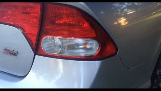 Third brake light bulb replacement on honda civic 2006 2007 2008 replacing a side brake light bulb on an 8th generation honda civic 2010 honda fandeluxe