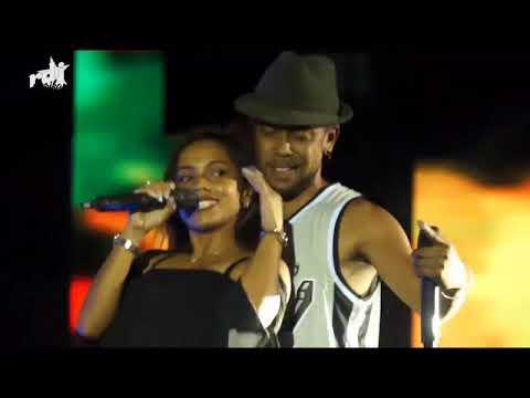 Raboussa feat Stéphanie - Omeo Fitia ( Live RDJ Mozika Awards 2017)