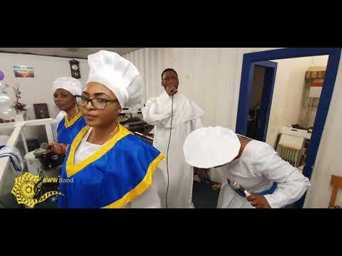 AGBAMI singing for the Celebrants: Prophetess Mayowa, Sis Tolulope alias Ayanleke & Prophet Kunle