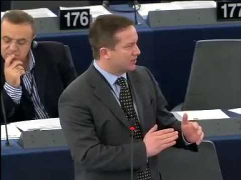 Ujhelyi: konkrét európai akcióterv kell az elvándorló fiatalok megsegítésére!
