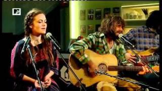 Angus & Julia Stone - Big Jet Plane (MTV Home)