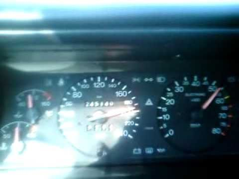 Wie otteret das Benzin von der Karosserie
