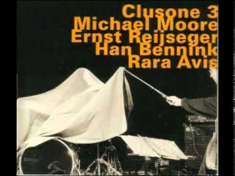 Clusone 3 (Michael Moore, Ernst Reijseger, Han Bennink) - The Buzzard Song online metal music video by CLUSONE TRIO