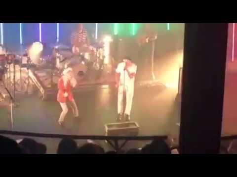 Paramore- Zac Farro Singing