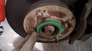 Chery A13 устранение стука передних суппортов тормозов.