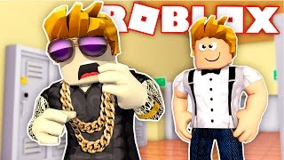 NERD BEATS UP SCHOOL BULLY in ROBLOX!