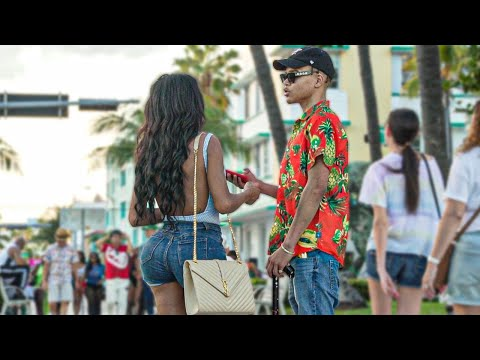 Picking Up Girls Disguised As A Blind Guy 😎 (This What Happened)