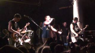 Subhumans - I Don't Wanna Die (Live @ Santos NYC 2011)