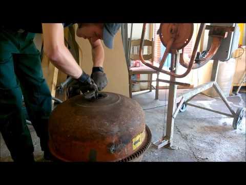 Feldmäßige Instandsetzung eines Lescha Betonmischers