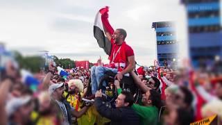 Как футбольный фанат из Египта, прикованный к коляске, стал известен на весь мир