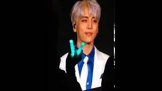 JONGHYUN SINGING Lonely WITH SHAWOL for THE LAST TIME 😭 😭