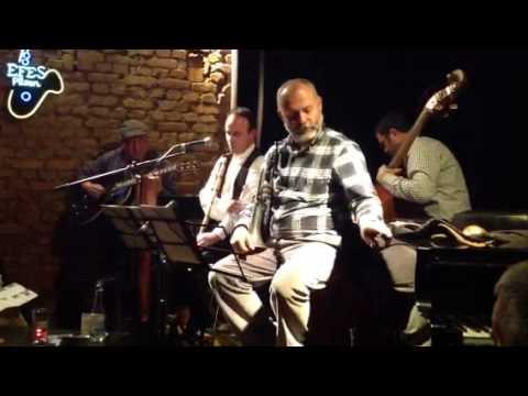 Swing A La Turc - Mavi Gözlü Sarışın Kız - YouTube