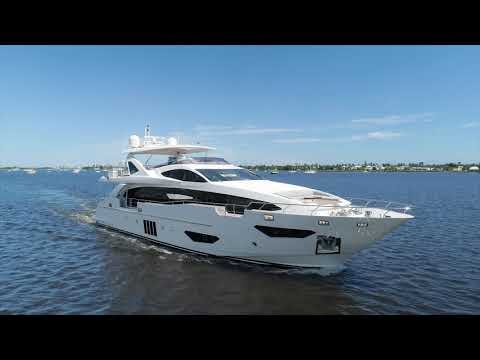 Azimut 95 Raised Pilothouse video