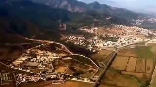 preview picture of video 'Atterrissage à Béjaïa Une des plus belles côtes d'Afrique du nord.'