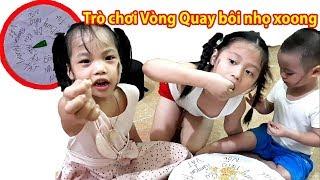 Gia Linh Minh Thư và em Cò chơi Vòng Quay Ăn Tát may mắn nhận thưởng trứng _ thạch _ mì tôm trẻ em