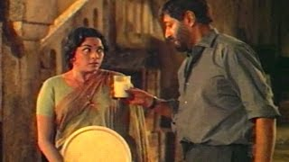 Padmini attempts to kill Pran - YouTube