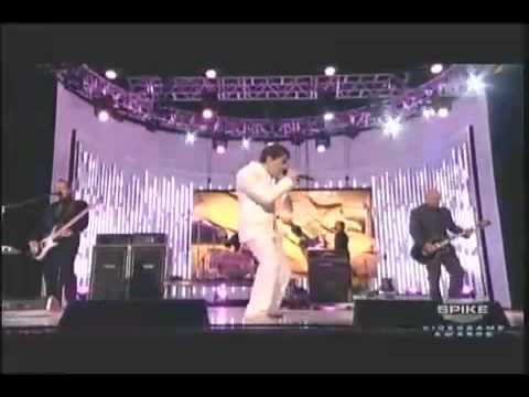 Weezer - The Greatest Man That Ever Lived (Live on Spike)