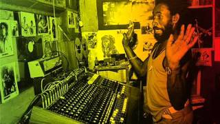 """Video thumbnail of """"Lee Scratch Perry - Having a Party"""""""