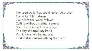 Faith Hill - That's How Love Moves Lyrics
