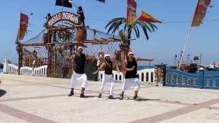 "Tito ""El Bambino"" Feliz Navidad  Zumba® Choreography By XTREME PARTY  Victor, Guido, Jocelyn"