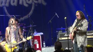 EX KISS PETER CRISS, ACE FREHLEY REUNITE ON STAGE FOR EDDIE TRUNK 30TH