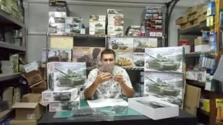 Российский основной боевой танк Т-72 Б3. 1/35 MENG TS-028 от компании Хоббинет. Сборные модели. - видео 2