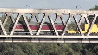 preview picture of video 'Eisenbahnen bei Magdeburg'