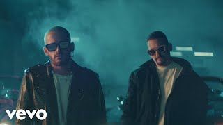 Mau y Ricky - Me Enamora (Official Video)