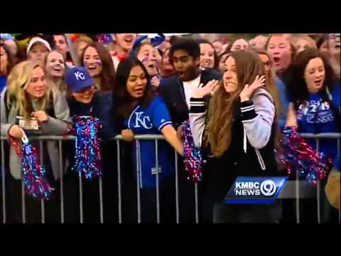 Fans win World Series tickets from Ellen DeGeneres