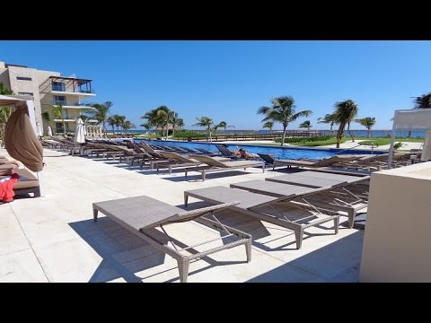 two negative  things i didn't like about Royalton Riviera Cancun Resort