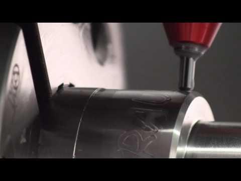 Beschriften von Teilen auf einer CNC-Drehmaschine / INDEX - TRAUB