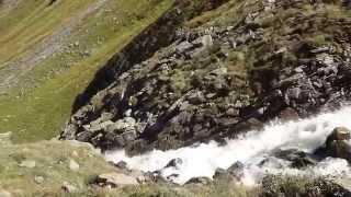 Wasserfall - Philosophische Bildwanderung Neue Regensburger Hütte - Neustift in Tirol - Stubaital - Österreich