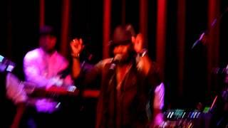 Anthony Hamilton - Who is Loving You Now (Live @the Melkweg A'dam)