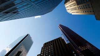 Canadian banks could drop by 'at least' 50%: Short seller