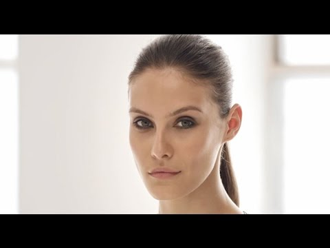 Face Contour by Burberry Beauty #9