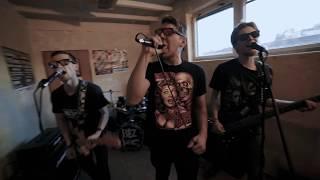 Video BEZ ŠANCE -  Píseň pro lidi (videoklip 2017)