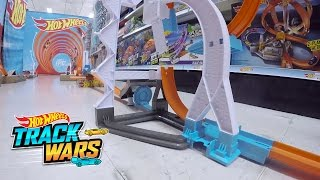 Special Edition: Toys R Us | Track Champions | @Hot Wheels