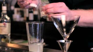 How to make a Daiquiri - DrinkSkool Cocktails