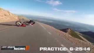 Смотреть онлайн Упавший мотоцикл из неоткуда