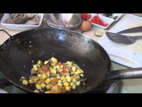 Receta de revuelto de erizo con champiñones y calabacin