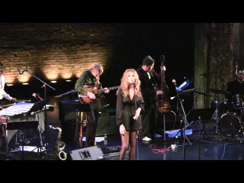 Ashleigh Still - Alfie (Burt Bacharach & Hal David cover)