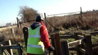 preview picture of video 'Cycling in Harmondsworth Moor Country Park - Part 1'