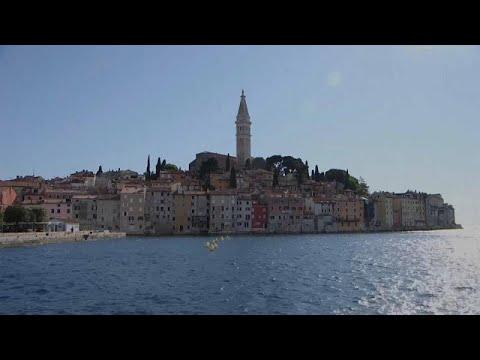 Η Κομισιόν προσπαθεί να ζωντανέψει τον τουρισμό