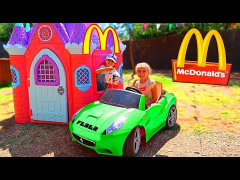 McDonalds 🍔 CON MI COCHE 🚗 DRIVE THRU  👶