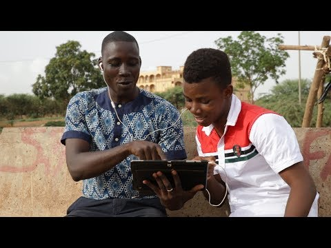 Protéger l'avenir des jeunes Burkinabé grâce à une éducation sexuelle complète Video thumbnail